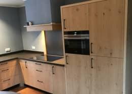 eikenhouten keuken
